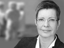 Dr. Gudrun Doering-Striening